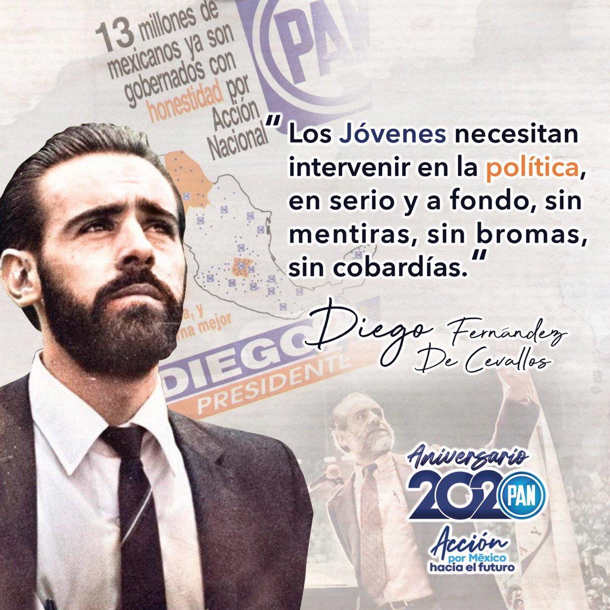 """Celebramos un aniversario más de lucha democrática. Como decía Diego Fernández de Cevallos: """"Estoy convencido de que los valores de la democracia, de la justicia y de la libertad encuentran su cauce natural en nuestro Partido Acción Nacional"""".  #Aniversario2020🇲🇽 https://t.co/jBdCce2YaZ"""