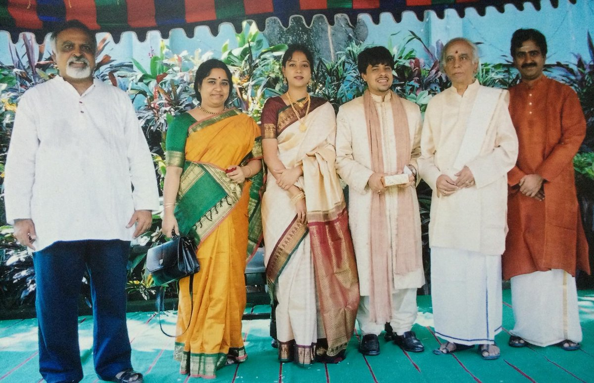 My wishes to the ever green Violin legend Lalgudi Jayaraman Sir on his 90th birth anniversary. This picture was taken during our wedding reception in 2004. We were truly blessed with his presence along with Lalgudi Krishnan and Viji Lalgudi ji https://t.co/TmyCdkm7hb