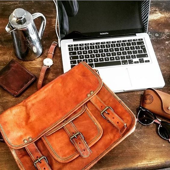 Brown Leather Satchel  https://t.co/grHVI7w3i6  #menstylelook#menswear #mensfashion #mensstyle#menstyle #menwithstyle #fashiorismo#fashion #ootdmen #ootd#highteststreetfashion#fashionblogger #trillestoutfit#sfonpoint https://t.co/tT7azQbois