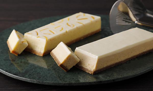 """高級感◎ 桐箱入りチーズケーキ!・クリームチーズにアールグレイの香りを閉じ込めた「アールグレイのチーズケーキ」・""""和製のグレープフルーツ""""とも呼ばれる晩柑ピールを閉じ込めた「晩柑のチーズケーキ」の2種類が楽しめますよ♪⇒ #接待の手土産 #取り寄せOK"""