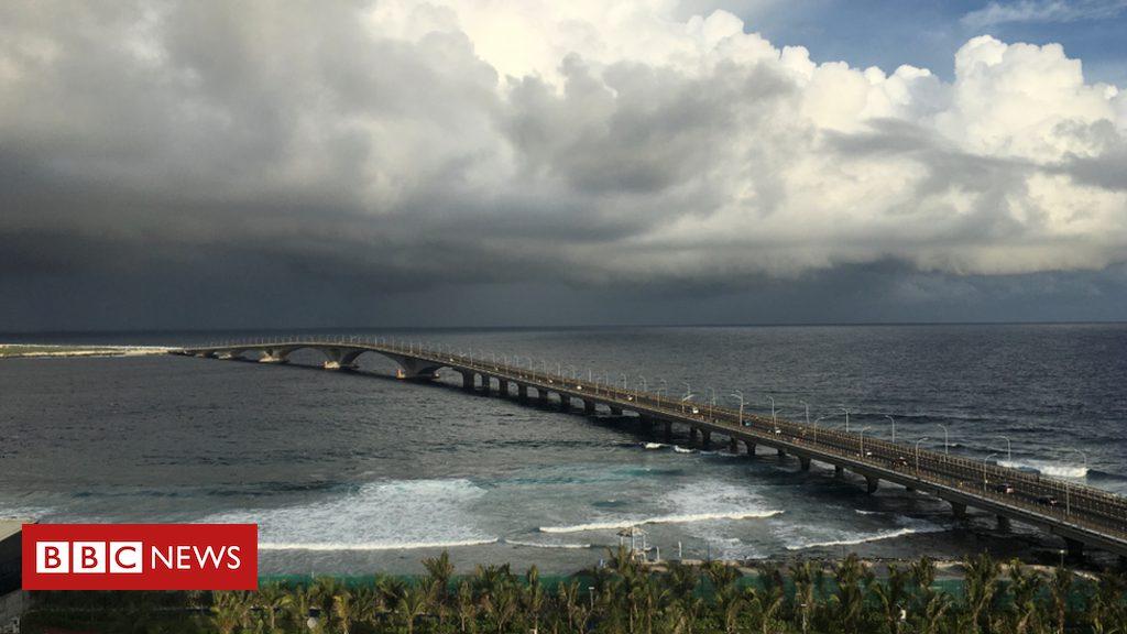 china-debt-dogs-maldives-bridge-to-prosperity Photo