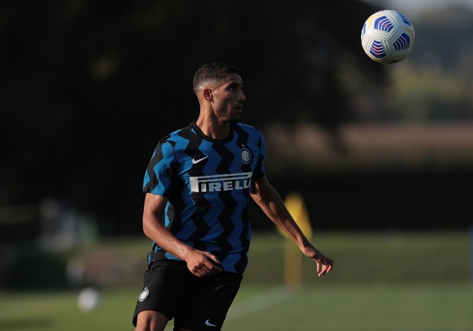 Photo – Nerazzurri Wing-Back Achraf Hakimi Highlight's Inter's Debut In Friendly Against Lugano https://t.co/rCEQ1VwHlI #FCIM #ForzaInter #InterFans https://t.co/nDqofaAiki