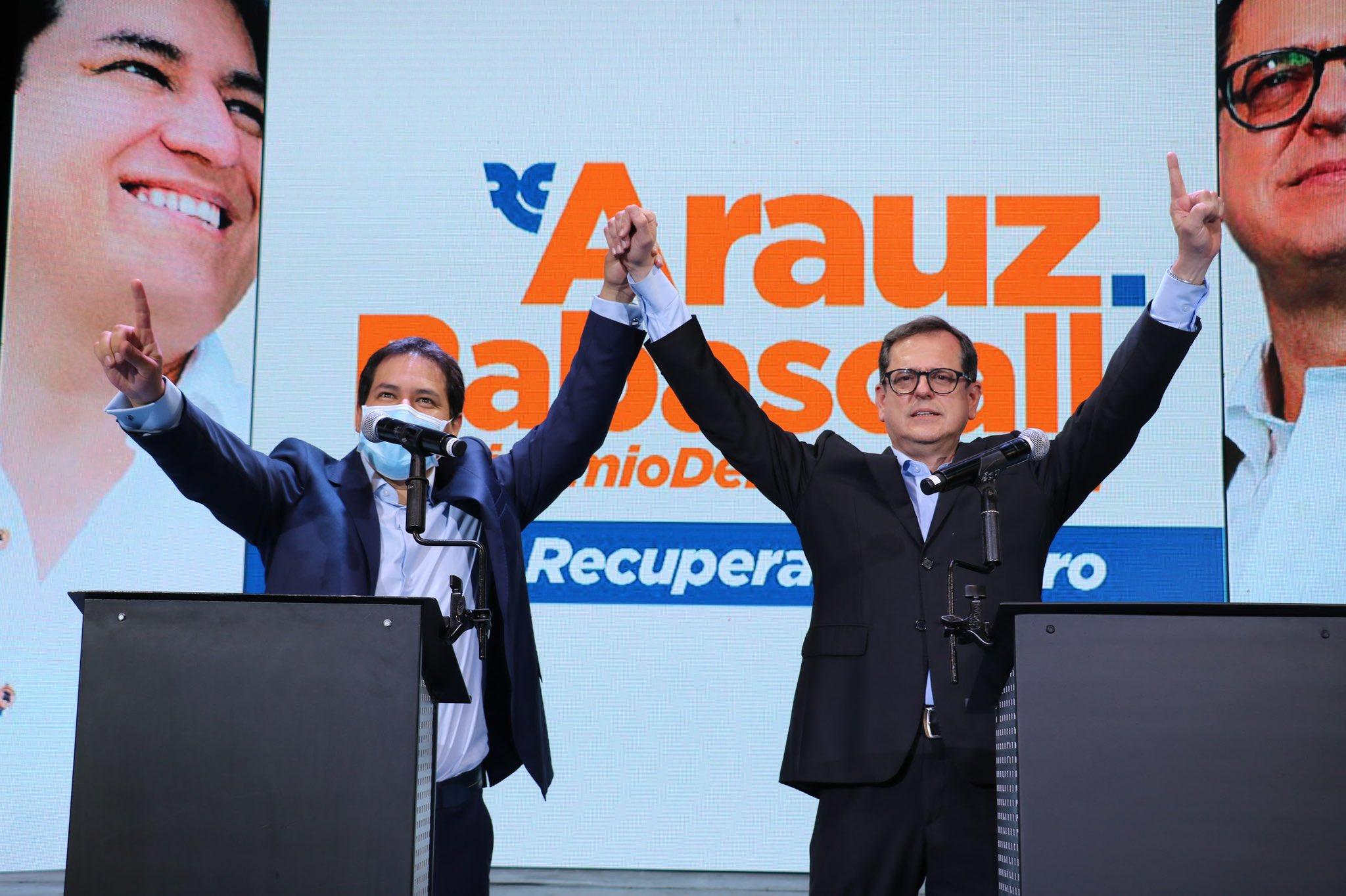 """Andrés Arauz on Twitter: """"La Unión Por La Esperanza es esa fuerza que  defenderá y también vigilará a nuestro proyecto político. Carlos, juntos,  con todo el pueblo ecuatoriano vamos a vencer. #ElBinomioDeLaEsperanza @"""