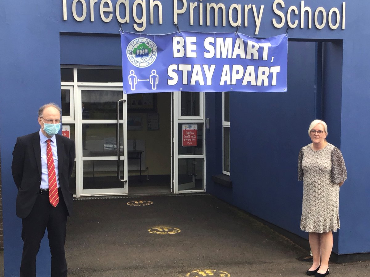 Education Minister Peter Weir visited Toreagh Primary School, Larne where he met Principal Lyn Morrow to discuss accommodation issues. https://t.co/i1HwxmCxl3