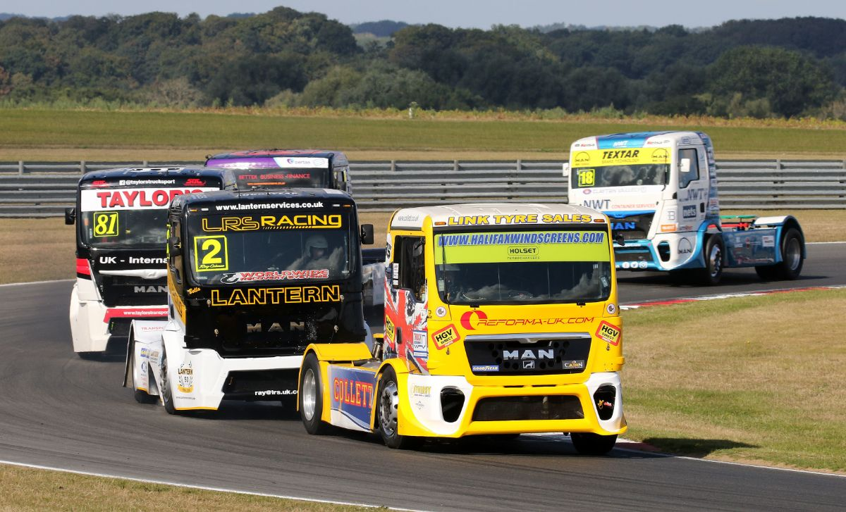 REMINDER: Tickets for this weekend's British Truck Racing event are still on sale - booking closes at 4pm tomorrow and all tickets must be purchased in advance to guarantee admission. (1/2) https://t.co/mfUP0jg1I6