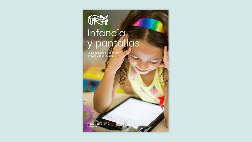 Infància i #pantalles 👩‍👧‍👦📵 Hem publicat una guia per ajudar als pares a tenir cura de la salut ocular de #nens i adolescents, un dels col·lectius més vulnerables per haver patit les conseqüències visuals del confinament. 🔗 https://t.co/hPswGlM0t1  #Mirempertu https://t.co/O0QtqYQIiO