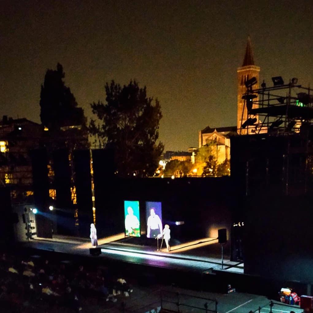 Una location suggestiva per una Ofelia moderna e passionale, interpretata da una bravissima Chiara Francini. Una bellissima serata.  #Ofelia #Amleto #berkoff #shakespeare #verona #teatro https://t.co/IWrBCUdVMo