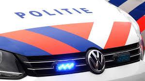 2/2 De autobestuurster is aangehouden en verhoord. Door de VOA (Verkeers Ongevallen Analyse) is een onderzoek ingesteld naar de toedracht. #PolLWD https://t.co/VZmSphwmr0