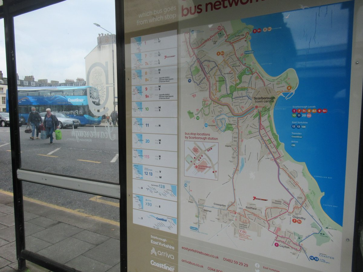 Excellent bus map in #Scarborough showing routes of @yorkbus #Coastliner , @EYBuses and @arrivanortheast . Hope we can soon have similar quality in #Leeds and #WestYorkshire from @benstill_ca and @MetroTravelNews /  @WestYorkshireCA https://t.co/OB4QeCXTAm