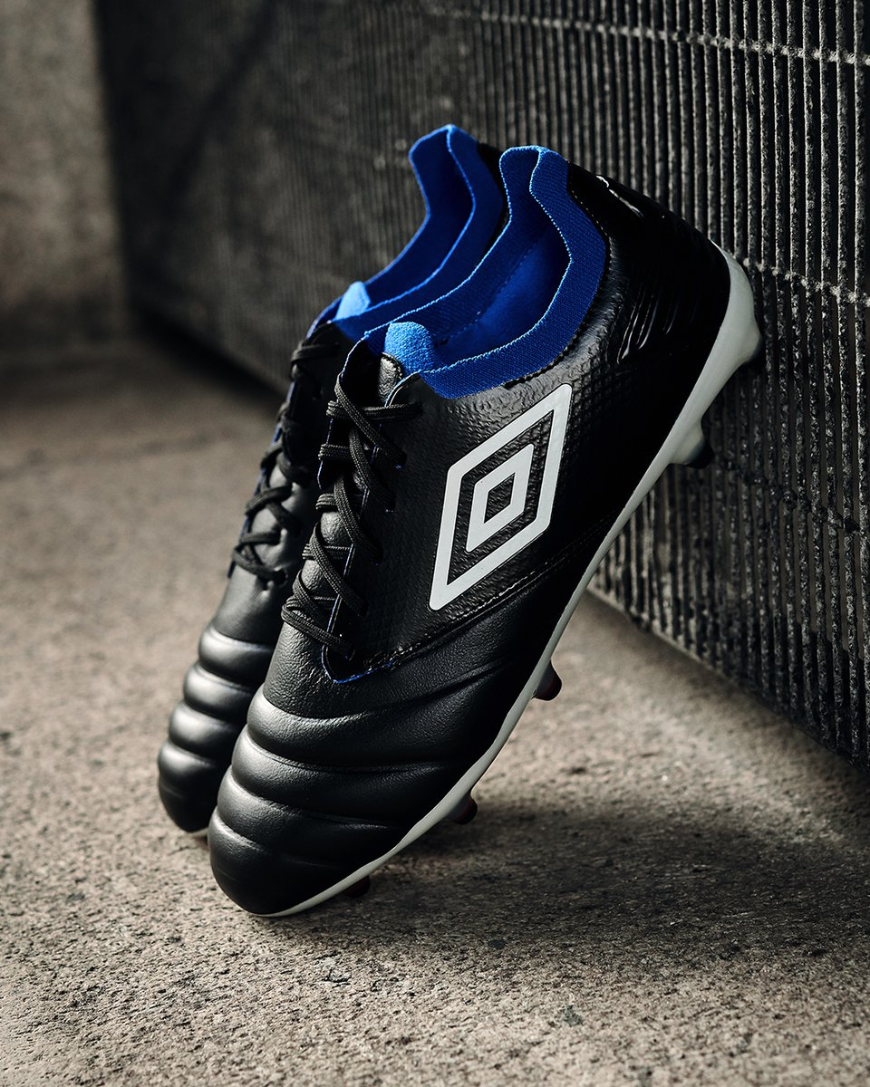 More touches on the ball? More passes? More ground covered? Then you need the new 𝗧𝗼𝗰𝗰𝗼.   Available now in ⚫️🔵⚪️  #Tocco #Umbro https://t.co/uUtYP3GX41