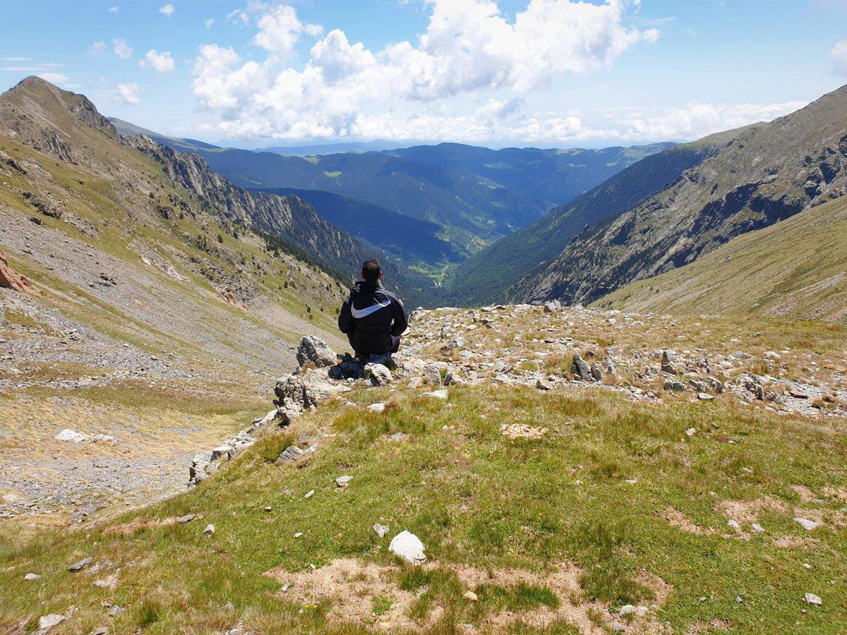 Aprofita el bon temps per gaudir de les millors rutes de senderisme dels Pirineus de Girona⛰ Som molt afortunats de poder viure experiències en aquest indret tan meravellós📸😍  #inCostaBrava #inPyrenees #senderisme #pirineusdegirona #costabravaverdhotels #blauverdhotels https://t.co/Se2d3yonfw