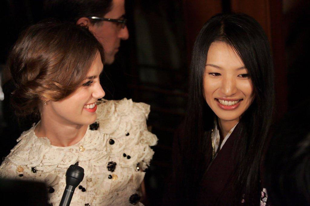 Je suis très attristée d'apprendre la disparition de l'actrice Sei Ashina.  Elle a joué avec Keira dans Soie en 2007. Elle avait 36 ans. https://t.co/KO0o2PbCk3