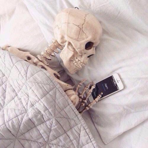 @KissaSins still Im waiting like.....