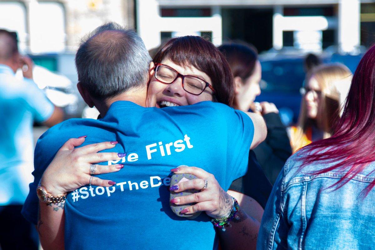 🥳 #RecoveryWalk Scotland means hugs.  Lots of them. 🥳  #RecoveryWalkScotland #RecoveryMonth #RecoveryWalk2021 https://t.co/lI0LEJjD8a