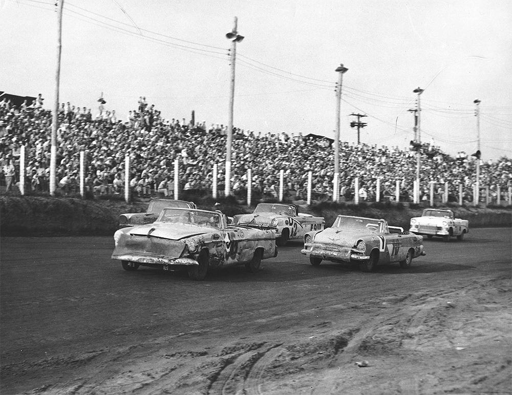 #TBT - 9/16/56, Memphis-Arkansas Speedway, a long 1.5-mile dirt track played host to a 300-mile Convertible Division race. This race was swept by Hall of Fame teammates Curtis Turner & Joe Weatherly both of whom drove for the factory Ford team owned by Pete DePaolo. #NASCARHall