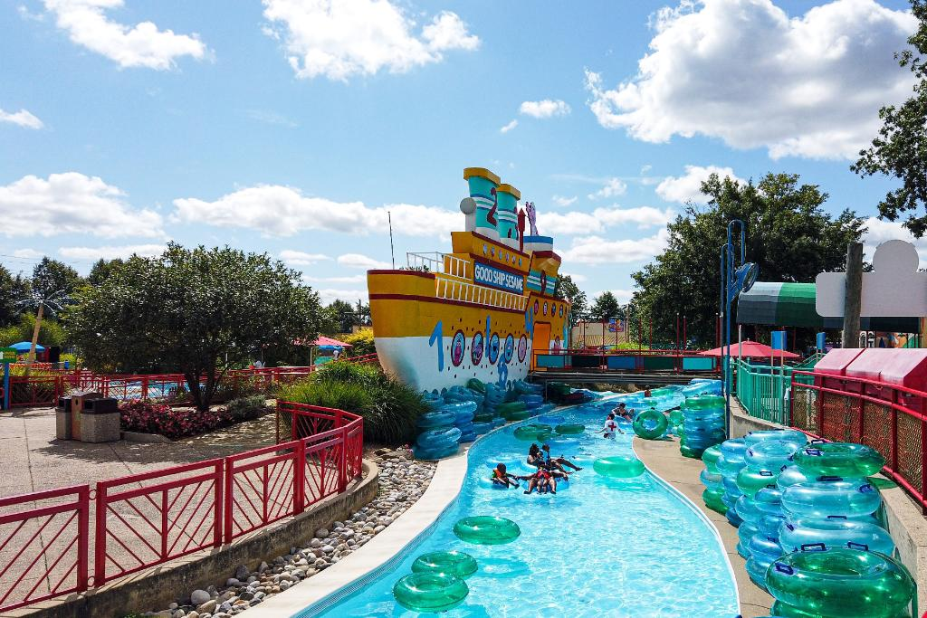💦 Visit us this weekend for the last splash of the 2020 season! The last day for water attractions is THIS SUNDAY!  Schedule your visit here: https://t.co/YOiEM2F1Fs https://t.co/WcstwWwavR