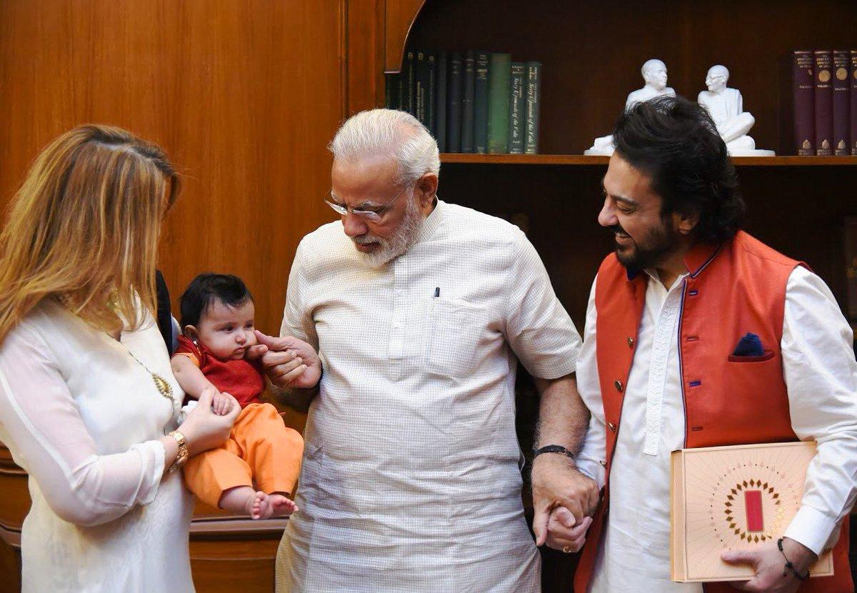 Wishing our Honourable Prime Minister Shri @narendramodi ji a very Happy Birthday!! Many Happy Returns of the Day with good health, success & prosperity always! 🙏💖🤗🎂🎈 #HappyBdayNaMo #happybirthdaymodiji