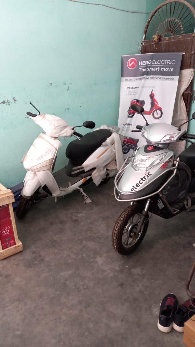 Panipat district VLE Vijay From Kutani got electric Bike dealership through CSC.. And Become the first dealer in Haryana... Congrats to him... @ashi_apple  @dintya15  @cscharyana https://t.co/pETlGjHq1R