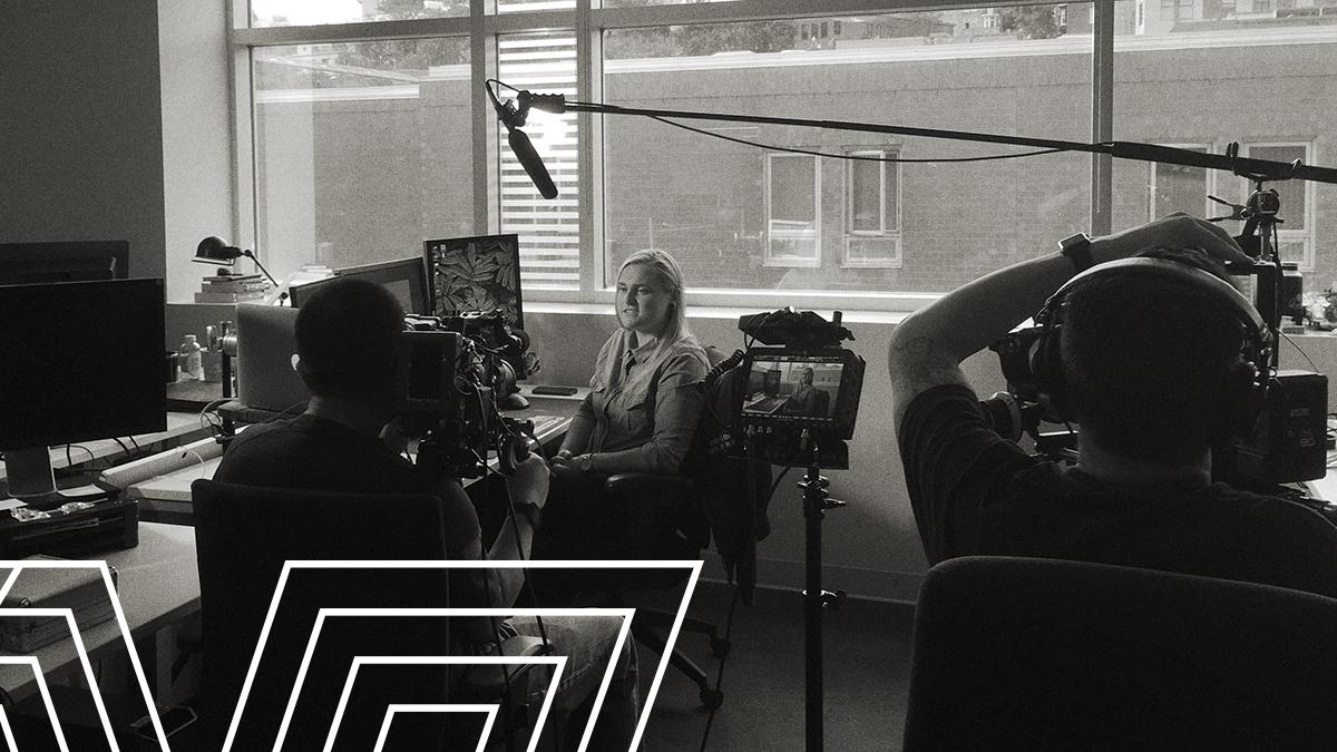 Une semaine après l'#UbiForward, on se permet déjà un petit #TBT. On est fou de même! 🤪 Découvrez les dessous du tournage avec Michelle, Chef d'équipe cinématique chez Ubi Québec. 📽️ https://t.co/v2DKVsgtMA