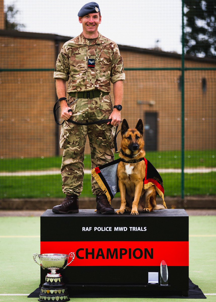 Drumroll please ............... For the second year running the winner of the 2020 RAF Police Military Working Dog Trials is Cpl Chris McLean and Military Working Dog Saiid from RAF Akrotiri. Congratulations 🎉🥉🙌🐕 #NextGenRAF #NextGenFP #securingNGAF