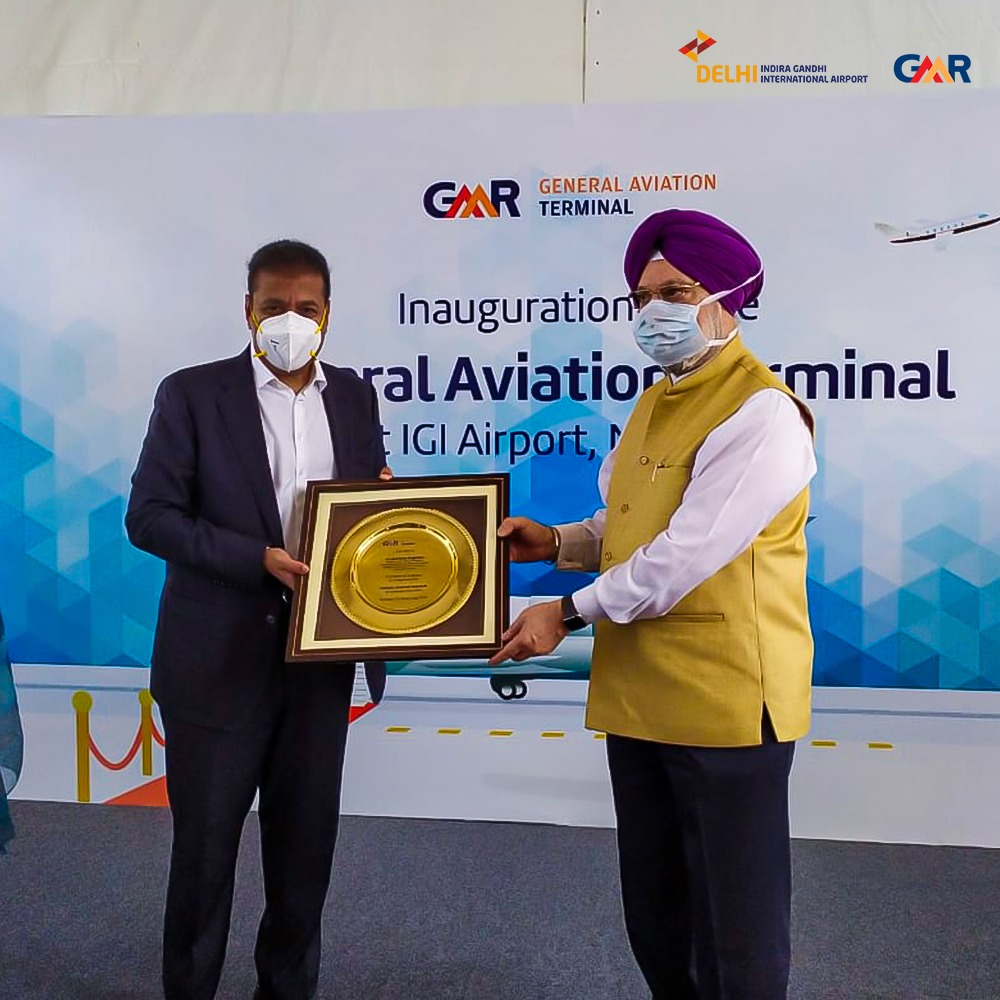 Aviation minister @HardeepSPuri, @MoCA_GoI inaugurated the General Aviation Terminal at #DelhiAirport today. All set to expand and enhance our boundaries! https://t.co/nb4LSH5A17
