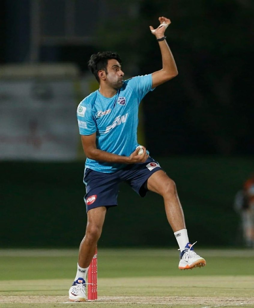 Replying to @Siva_Kartikeyan Happy birthday @ashwinravi99  brother😊 Heartiest wishes for you to have a great IPL & be among the top wicket takers. Youtube la yum kalakitu irukeenga adhukum vazhthukkal bro 👍🤗 #DRSWithAsh #HappyBirthdayAsh