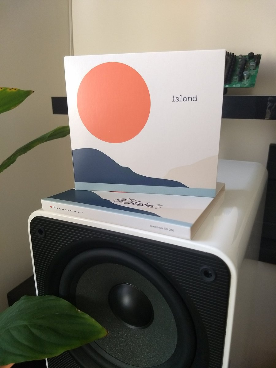 Today just got a whole lot better! @richsolarstone Thank you for taking me to the #island Perfect summer sound on this album! https://t.co/A8f2ZN0yzd