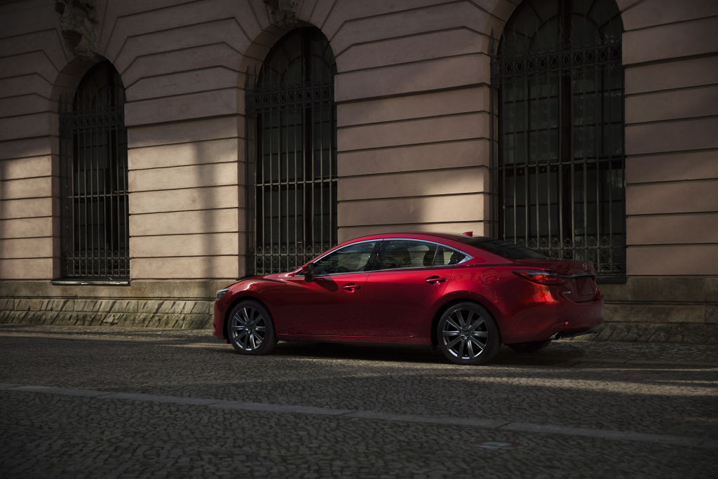 2021 #MAZDA6: STANDING OUT FROM ITS CLASS https://t.co/aftpMpK4aB https://t.co/1AXr8V8fWi