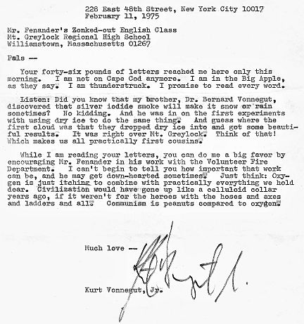 A friend shared the #Vonnegut letter his high school English class (reading Slaughterhouse Five) received from the author. I miss letters #amreading #amwriting #letters @LettersOfNote https://t.co/M1xvaceQ4q