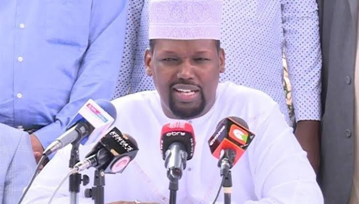 MANDERA Governor Roba says his county will not close following CoG directive; getting overdraft from KCB for operations. #RevenueFormula https://t.co/69p0pbGhA8