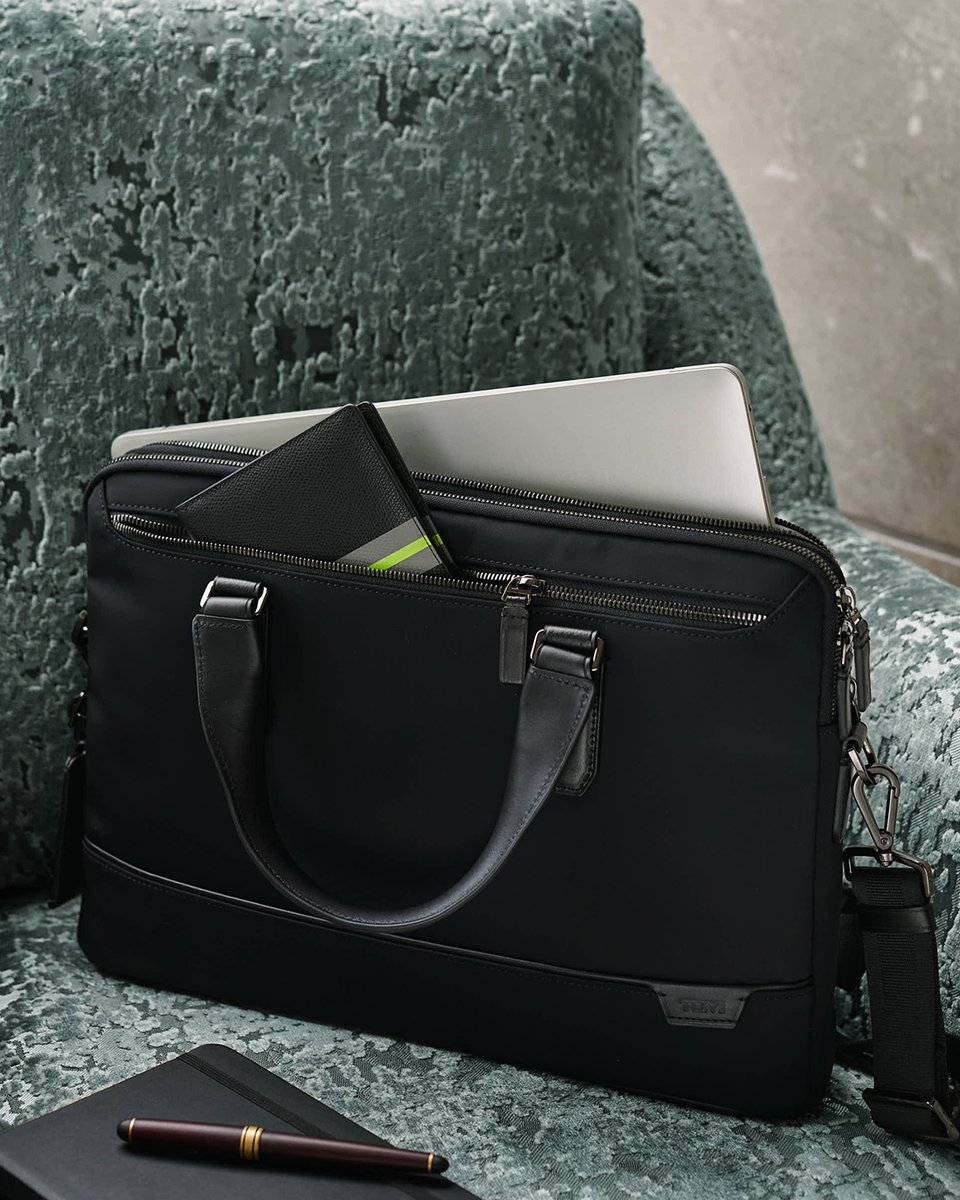 Stay organized at home or in the office with the Harrison Sycamore Slim Brief. #PerfectingTheJourney https://t.co/nY6Py3zG8E