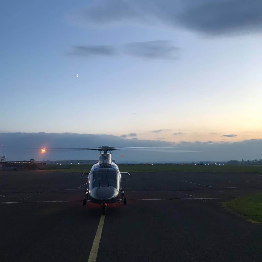 Taxis Here... Start of a few days down time with the family... #aw109sp #augustawestland #gumball3000 #gumballlife https://t.co/4wXiI32vh4