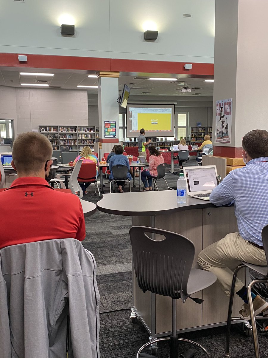 Our teachers are committed to getting better each week with @ChrisYoungEDU!  They had another great session on @CanvasLMS this afternoon. #newpalproud #wearedragons @SouthernHancock @VoelzJames @MitchanerNPHS @llantrip @BMDinwiddie https://t.co/C0rydxWz9g