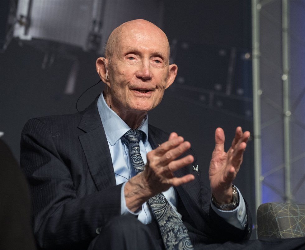 Happy 90th birthday to Lt. General Thomas P. Stafford! 🎂 Stafford, who commanded the Apollo 10 mission, continues to serve the agency as chairman of the International @Space_Station Advisory Committee that provides advice and recommendation to NASA. go.nasa.gov/3mvirMx