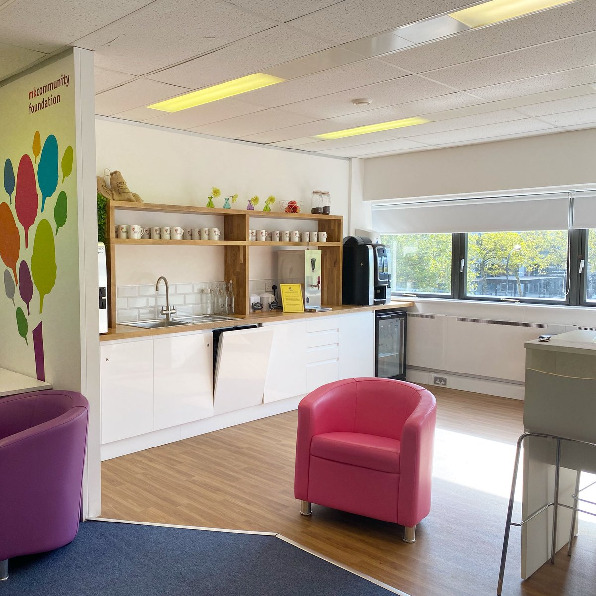 We're proud of our bright, clean, modern #meetingfacilities in #MiltonKeynes. We're even PROUDER that all our profits are put back into supporting the amazing work of local community groups & charities 💛 Book a meeting room & help us on our mission https://t.co/y05BdyD9Qh ✨ https://t.co/S453uDPTWT
