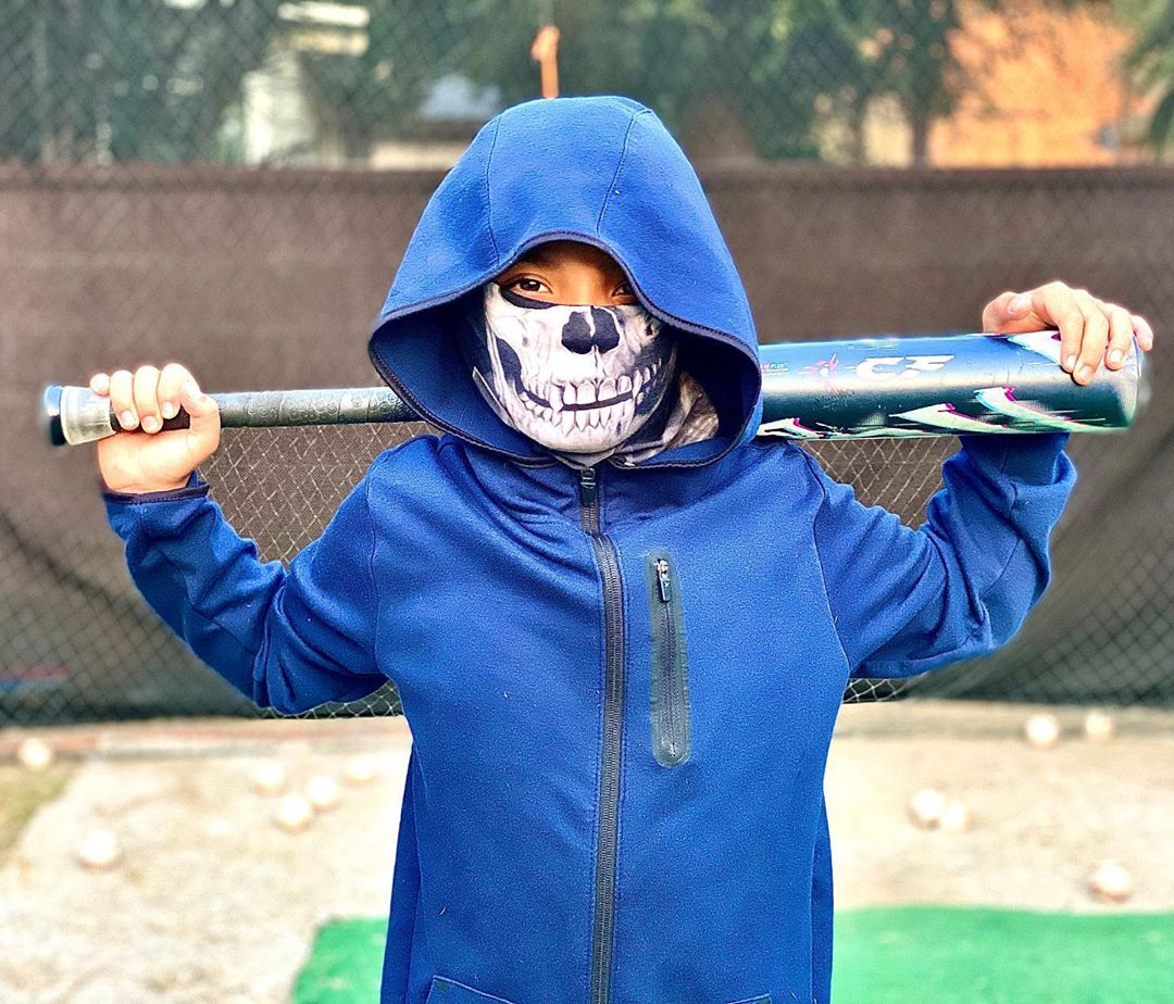 ☠️ Stay safe. Stay scary. ☠️   📷: @josiahxacosta13   #DeMarini #baseball https://t.co/qoLyd2ABtl