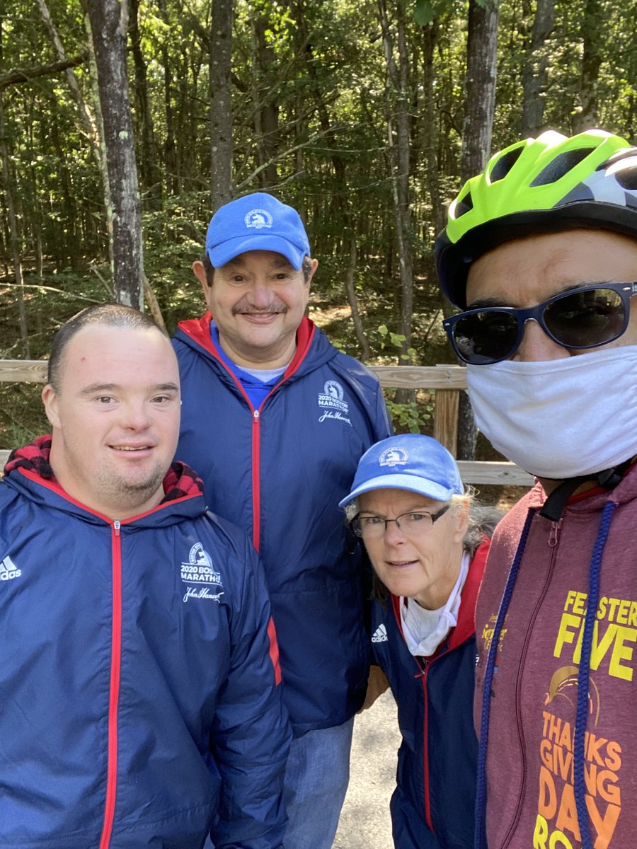 Paul Ordman is a 14 year #BostonMarathon volunteer who typically works at the starting line each Patriots' Day. This year Paul's duties looked a little different as he and his family took part in the Boston Marathon Virtual Volunteer Challenge.  (1/2) https://t.co/Aw8HUEU37P