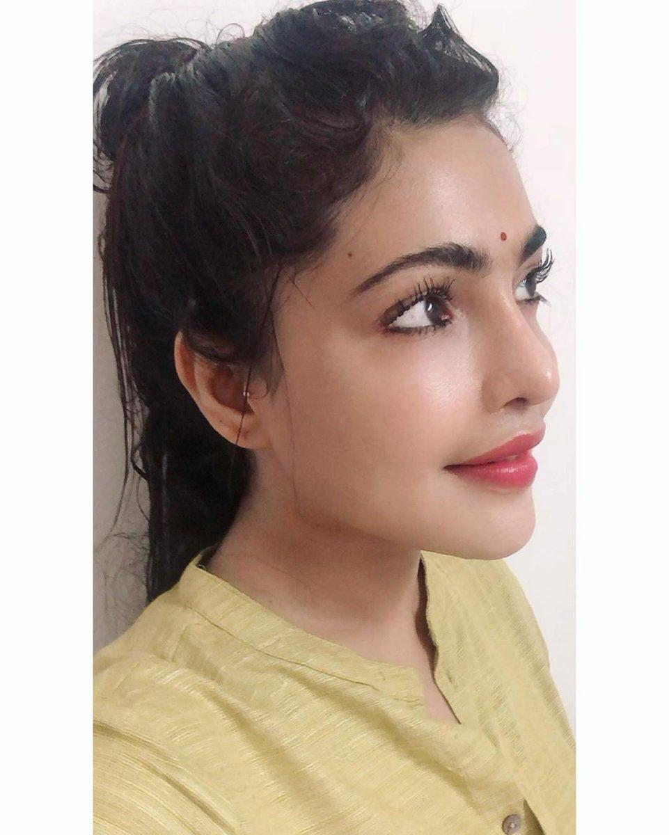 Cute Doll #shaashvibala 😍😘 @shaashvi @Prabhastylish https://t.co/2tHc0wX9am