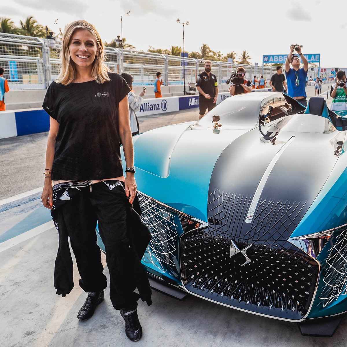 #TBT Can you guess what I'm hiding here?  I was 6 months pregnant but this wasn't going to stop me trying the DS E-TENSE concept car… I love driving too much!! I guess this was Arthur's first track day heheh  @DS_UK_Official #etense #dsetense #ds #formulae #electriccar https://t.co/RCQaYK8Se4
