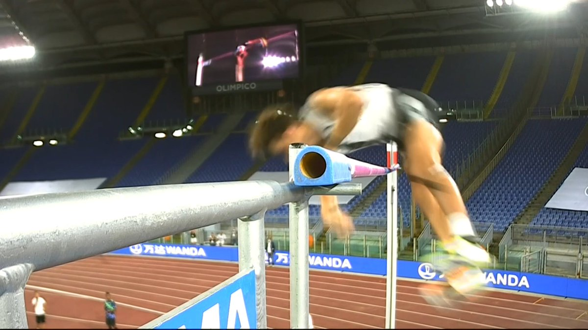 HE'S DONE IT!  Mondo Duplantis clears 6.15 meters in the pole vault -- the highest outdoor clearance in history, surpassing Sergey Bubka's 6.14m from 1994.  Duplantis also owns the overall world record with his 6.18m indoors earlier this year. https://t.co/3uWp3liD6z
