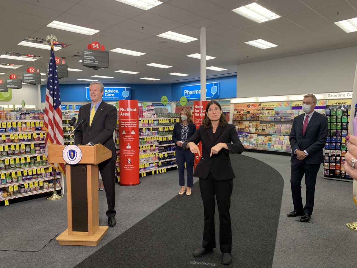 As flu season arrives and we continue to fight #COVID19MA, @MassLtGov, @MassHHS Sec. Sudders + I joined medical professionals at @cvspharmacy to remind people to get the flu vaccine.  Minimizing flu cases is crucial during this pandemic.  ➡️via @MassHHS https://t.co/vf5zEzOTD6 https://t.co/aizfYKVlPT