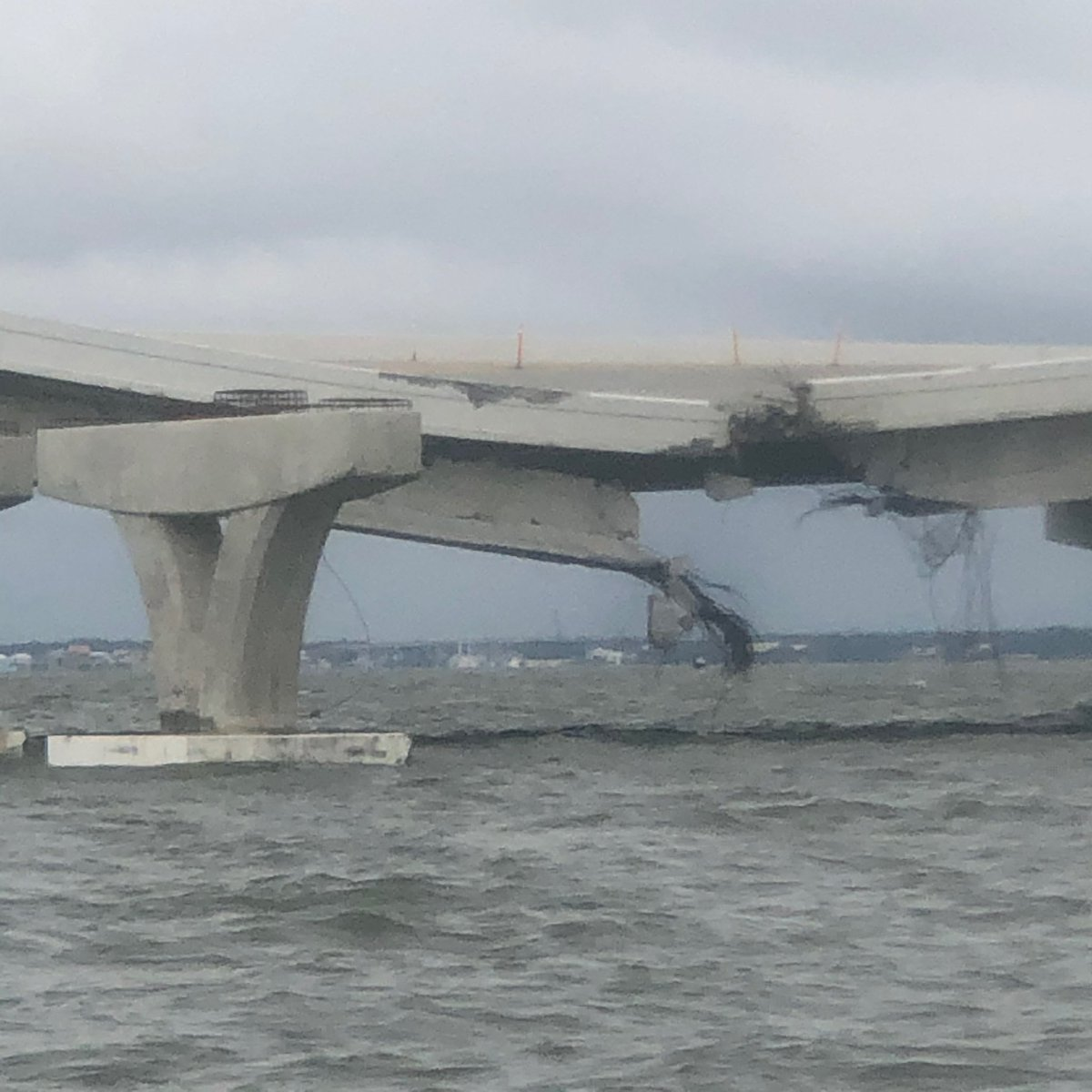 PENSACOLA BAY BRIDGE: Damage to the newly built span of the 3 Mile Bridge that connects Pensacola and Gulf Breeze.  8 construction barges became loose during #Sally, with 2 of them hitting the bridge. This is a $400 million infrastructure project.  📸 Photos from Kathryn Hendrix. https://t.co/BOioRWPHgt
