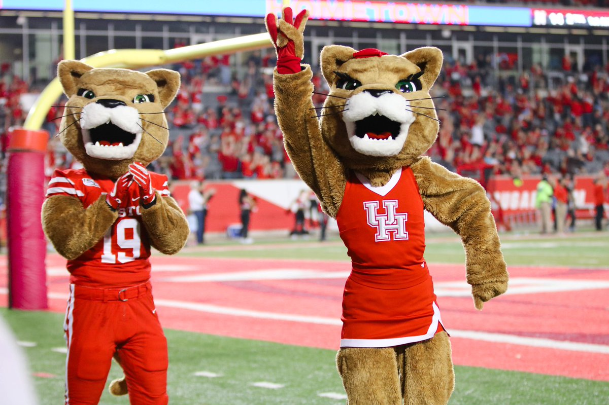 Only 3 days until Cougar football is BACK! Catch the Houston Cougars vs. Baylor this Saturday on Fox at 11am. We've been waiting all summer and it's almost here! 😺❤️ #WeAreTheSpiritofHouston https://t.co/Tc3hmdcQRK