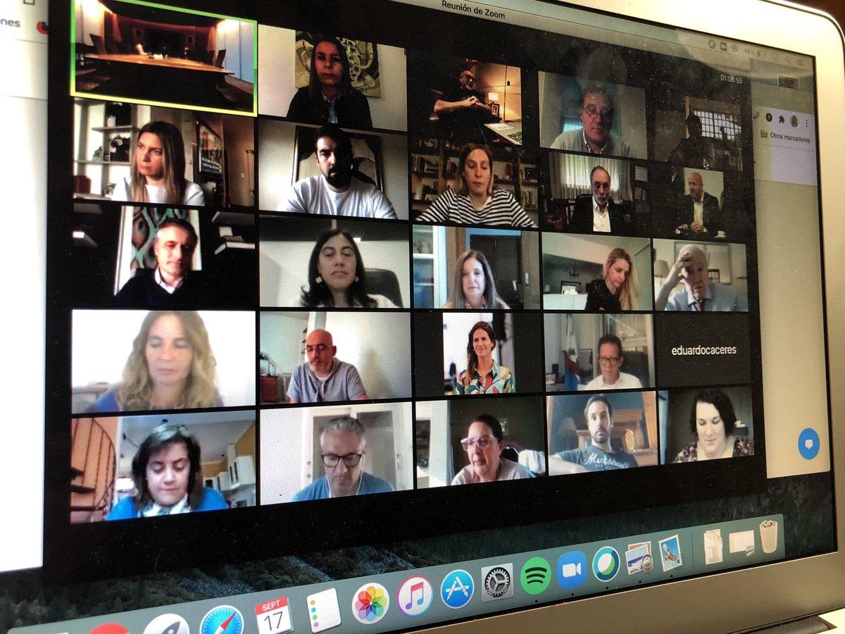 Reunión de bloque @prodiputados con @horaciorlarreta importantes definiciones, buen diálogo. https://t.co/QeFJQ9Gpgv