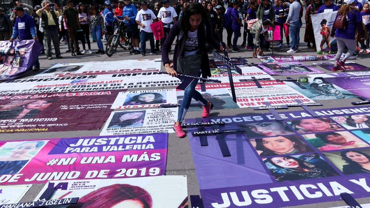 """#EnLaMira En México, la atención a las víctimas sigue siendo una asignatura pendiente, por eso @Pilarortega, @juarezvero, @SLVillavicencio y Mariana Rodríguez Mier y Terán organizan el foro """"El Sistema Penal Acusatorio: ¿Hacia dónde vamos?"""" >@lumendoz 👉 https://t.co/ASdT8gIR1u https://t.co/qWjWqrf70w"""