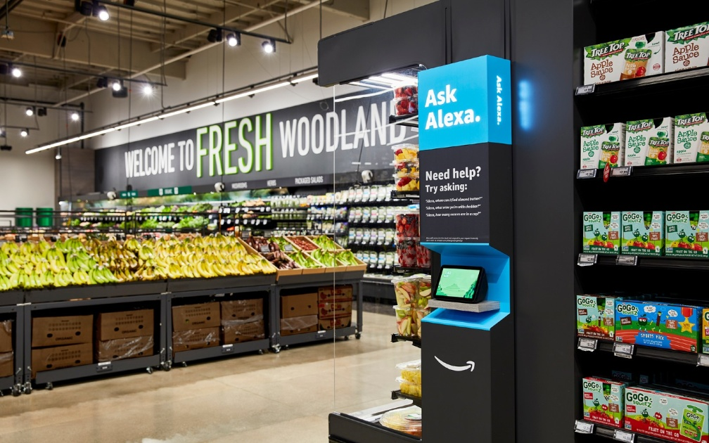 Amazon Fresh grocery store in Los Angeles opens to the public