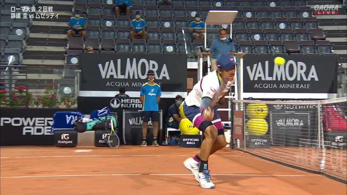 第2セット第9ゲーム ムゼッティブレイク  ムゼッティ5-4  🇯🇵錦織圭 vs ムゼッティ🇮🇹 BNLイタリア国際 ATP Masters 1000 2回戦🎾 https://t.co/eYEKSfXVAq