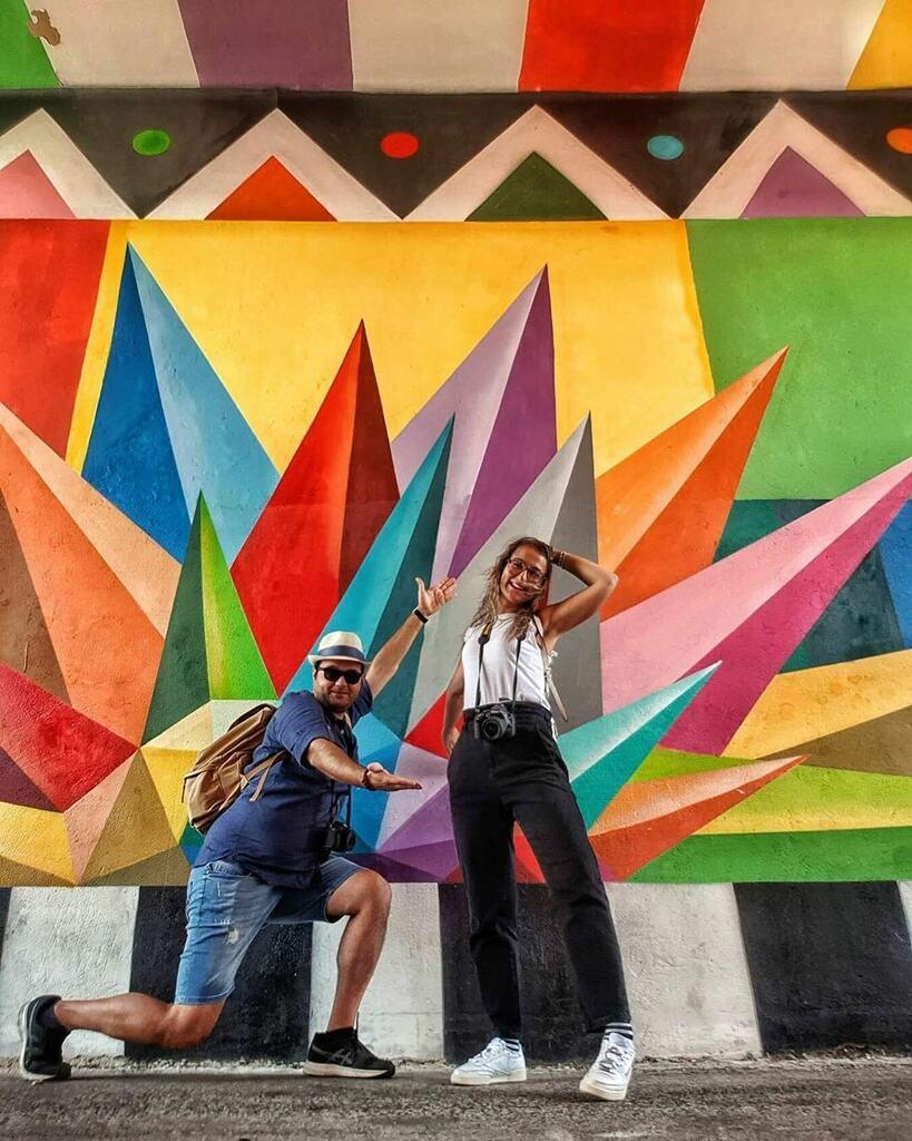 """Posted • @jexcic """"La vita è un'enorme tela..rovescia su di essa tutti i colori che puoi!"""" 🎨 Ph. @angylo__ . #aielli #borgouniverso #arte #colori #photography #nikon #igersitalia #igersabruzzo #passeggiando #scatti #nikonphoto #colourful #murales #dipinti #streetphotography #… https://t.co/iKQgJJ2E9C"""