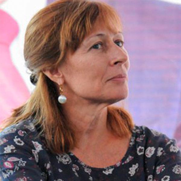 Diputada Plurinominal por Morena, una de las diputadas más respetadas de la cámara baja, @tatclouthier es una de las #MujeresExitosas en la lista de #Los300líderes más Influyentes de México. https://t.co/9zJet98M8p https://t.co/vgEoNhlvzX