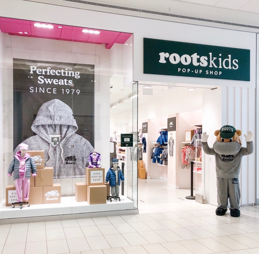 Hey Burlington & Oshawa, we've got something exciting in store for you... the #Roots Kids Pop Up is now open at @MapleviewCentre and @OshawaCentre! Come visit us & receive a free Canada Baseball Cap* with your purchase of $100 or more. *While supplies last. Some conditions apply https://t.co/JHOSVQ1r0B
